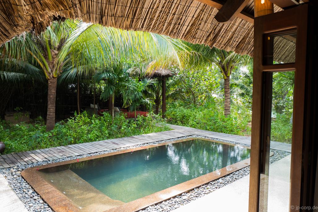 Relaxing Vietnam